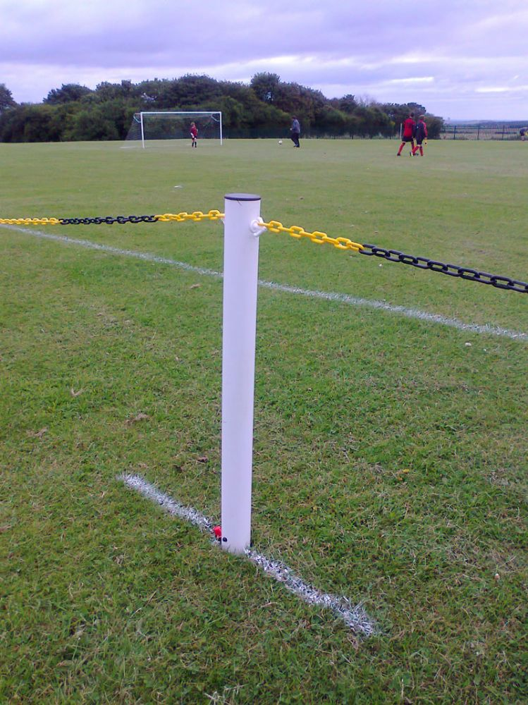 SPECTATOR BARRIER - SPIKED WITH CHAIN LINK - 50M